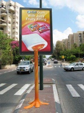 Street marketing mupi Orbit juicy