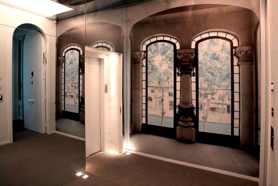 Impresión e instalación de wallpaper texturado. Fotografía y diseño por Hassel y Gretel