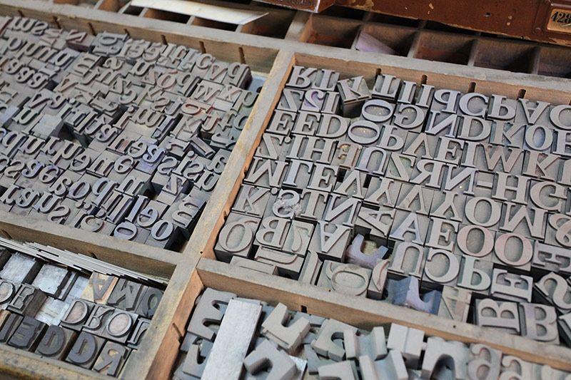 Impresión resistente al exterior Vinilo impreso Comunicación visual