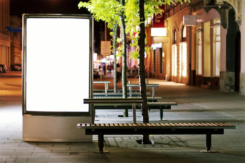 Publicidad exterior Branding Mupis