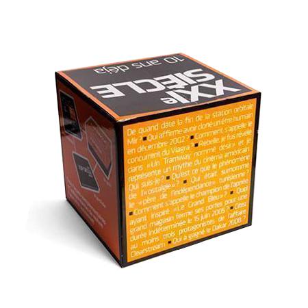 Cubos de cartón impreso