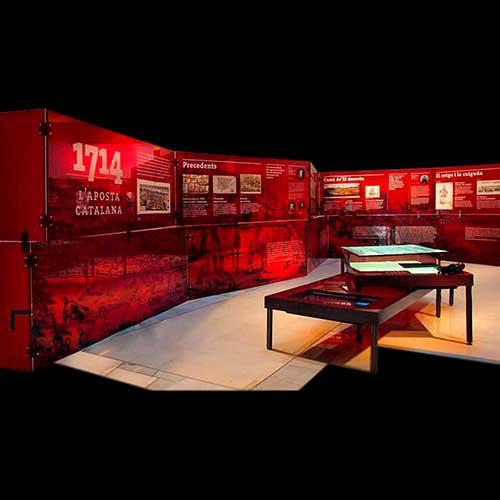 Trasera expositiva metacrilato rojo impreso